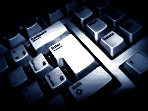keyboard-spy-1242580